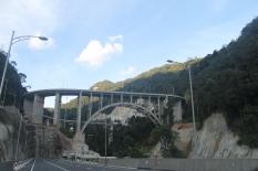 jembatan layang kelok 9